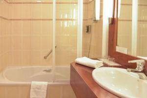 salle de bain gradlon hôtel quimper